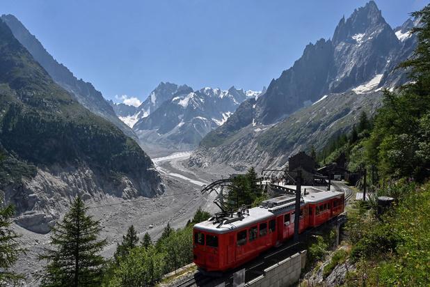 Haute-Savoie: le petit train du Montenvers fermé après avoir déraillé