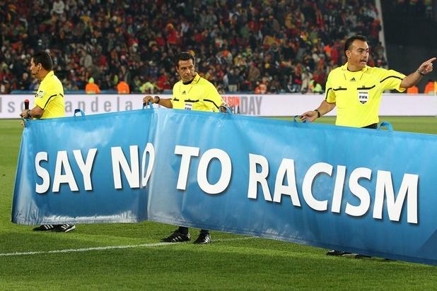 Voetbalbond gaat racisme op Vlaamse velden in kaart brengen
