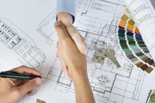 La Régie des Bâtiments en contact avec les entrepreneurs pour relancer les chantiers