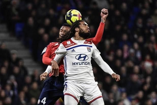 Lyon et Denayer accrochés par Lille