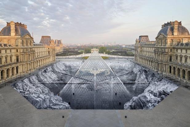 Spectaculaire trompe-l'oeil au Louvre