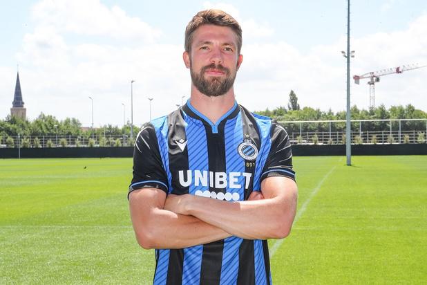 Le Club de Bruges présente ses nouveaux maillots