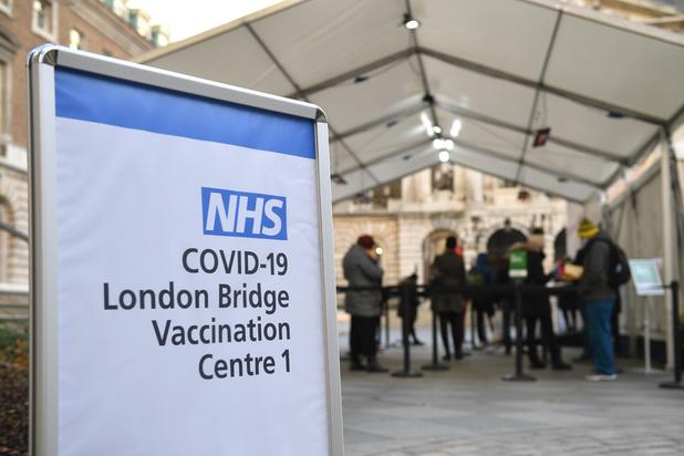 Covid: le Royaume-Uni intensifie sa campagne de vaccination