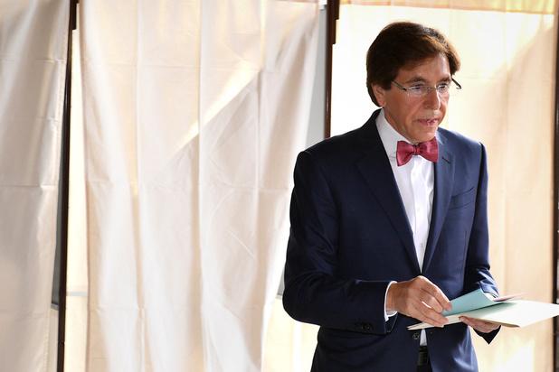 Di Rupo ziet uitweg in federale regering zonder N-VA en Vlaamse meerderheid