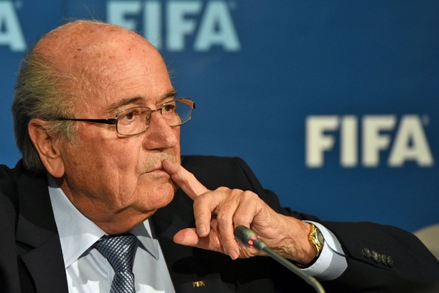 """Fifa: Infantino se croit """"intouchable"""", estime Blatter"""