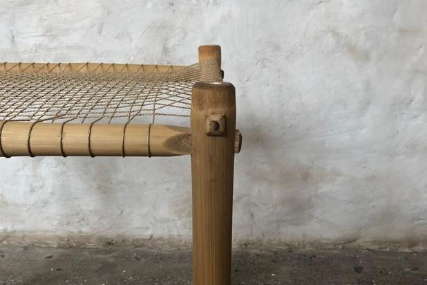 Architectenbureau Studio Mumbai brengt handgemaakte meubels met een boodschap