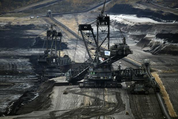 De grandes banques britanniques continuent de financer l'industrie du charbon