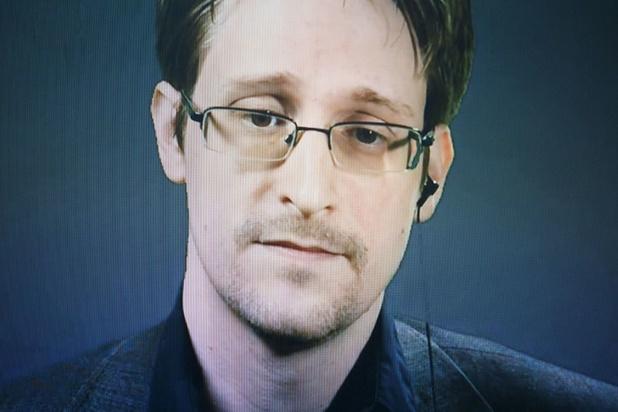 Edward Snowden demande la nationalité russe, mais veut garder l'américaine