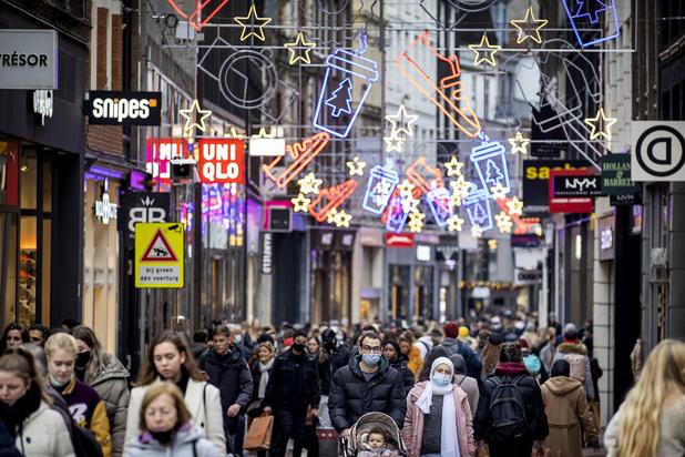 Pays-Bas: le président du conseil de sécurité souhaite réduire le shopping des Belges