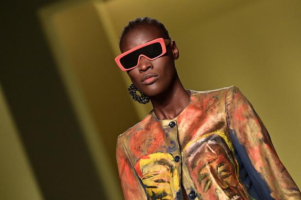 Fashion week de Milan: la mode féminine reste en mode virtuel