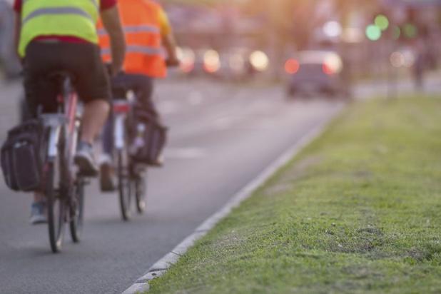 Cyclistes et automobilistes, pour notre survie, co-pilotons