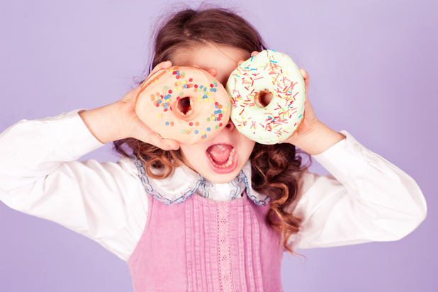 Le sucre est-il aussi mauvais pour les enfants que pour les adultes?