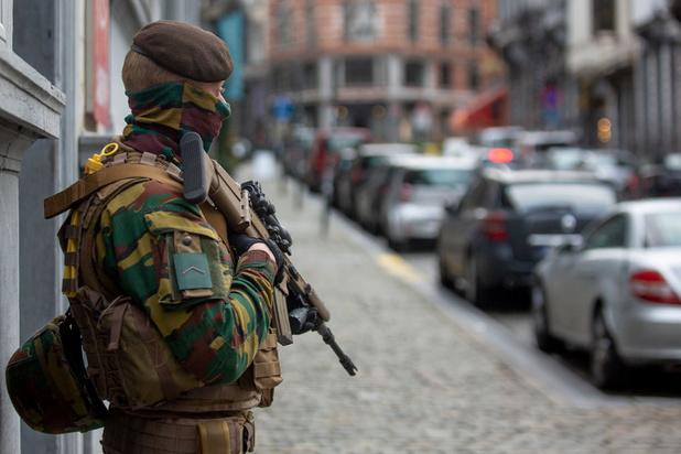 'Moet de strijd tegen extreemrechts geweld in ons land wachten tot er een regering is?'