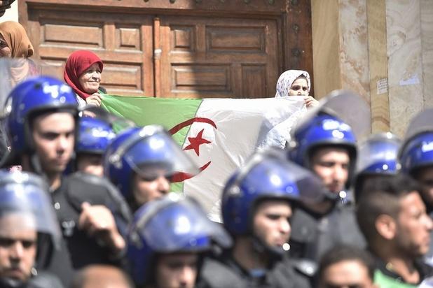 Algerijnen kiezen op 4 juli nieuwe president