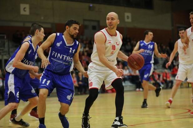 Basket Sijsele Two en Avanti Brugge One spelen finale Beker van West-Vlaanderen