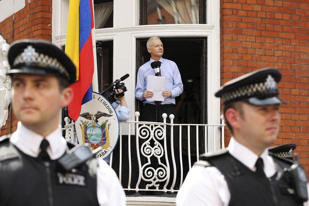 WikiLeaks: 'Assange peut être à tout moment expulsé de l'ambassade'
