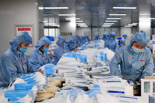 Six millions de masques arrivent en Belgique... mais les chiffres wallons et flamands ne correspondent pas