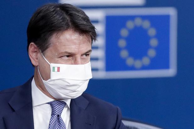 Covid: la Lombardie ferme ses bars et ses restaurants à minuit