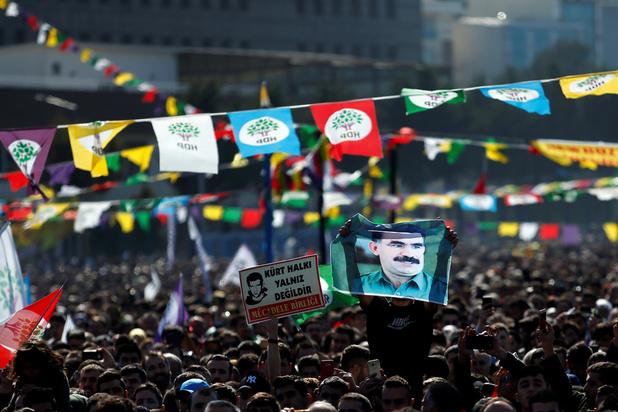 Twee personen opgepakt die PKK-strijders zouden gerekruteerd en getraind hebben