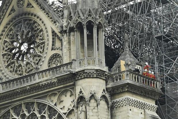 Notre-Dame: EU-president Tusk vraagt lidstaten om Frankrijk te helpen bij wederopbouw