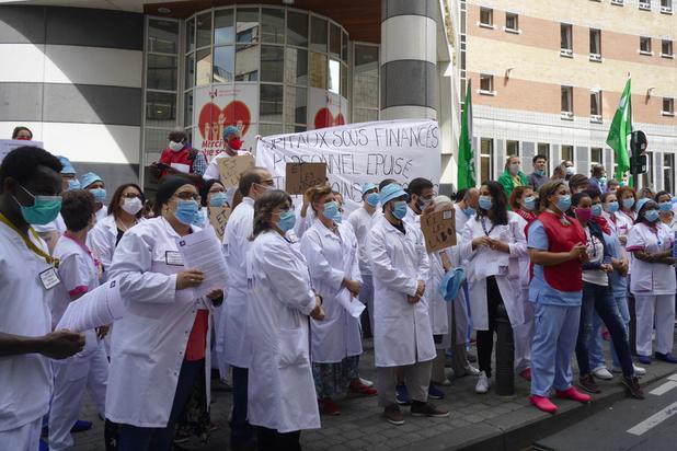 """Hôpitaux en grève: """"De nombreuses directions veulent retrouver rapidement une rentabilité économique"""""""