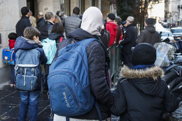 Pas de signes religieux à l'école et une couverture sociale après 5 ans, propose la N-VA