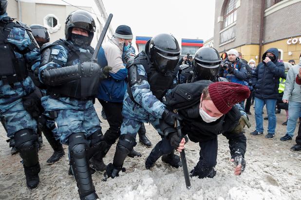 Russie: manifestations pro-Navalny dans tout le pays, plus de 4.000 interpellations