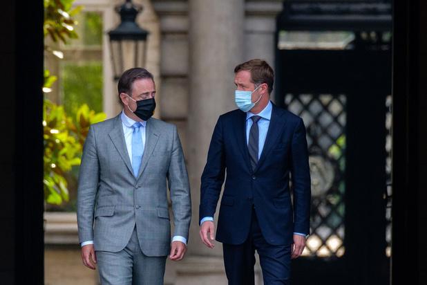 """Échec N-VA - PS: """"On n'arrive même pas à organiser les funérailles de la Belgique"""""""