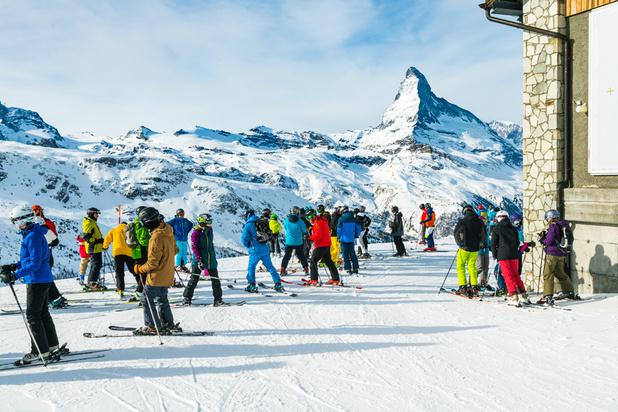 Voyages et séjours au ski: l'UE appelle à ne pas relâcher la discipline