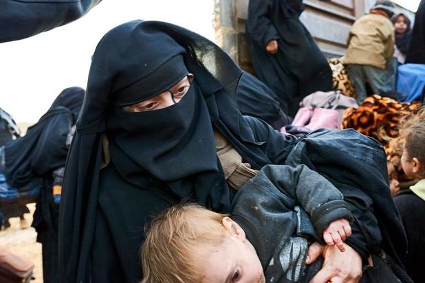 Belgische IS-vrouwen vertrokken uit Syrisch kamp met hulp van mensensmokkelaars