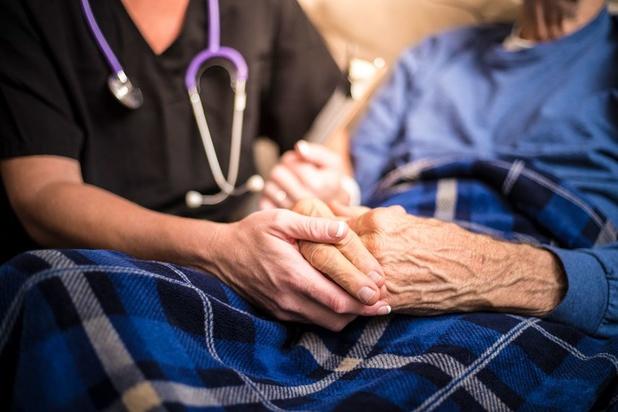 'Palliatieve zorg is meer dan terminale zorg, en kan al relevant zijn vanaf de diagnose van een ongeneeslijke ziekte'