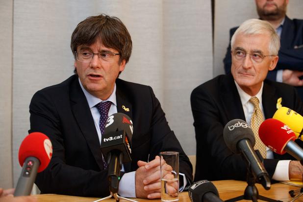 Puigdemont: 'Ik sta ter beschikking van Belgisch gerecht'