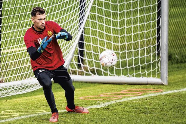 YR KV Mechelen en ex-doelman Michaël Verrips zoeken naar akkoord