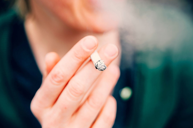 Les fumeurs constitueraient un groupe à risque dans le développement d'une forme sévère du virus