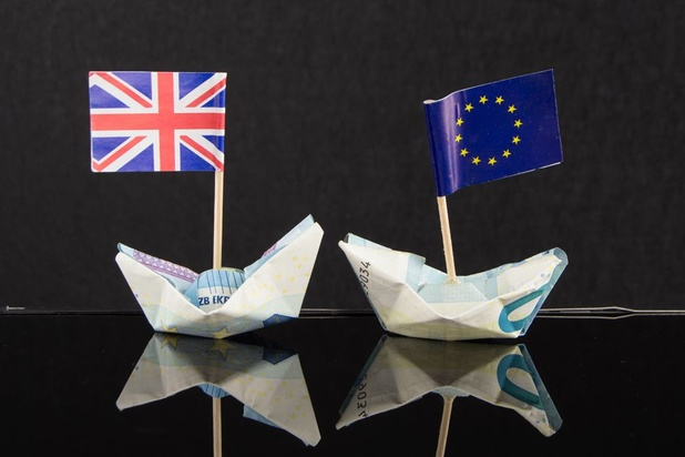 Contrôles, paperasse, taxes: quelles sont les conséquences d'un Brexit sans accord?