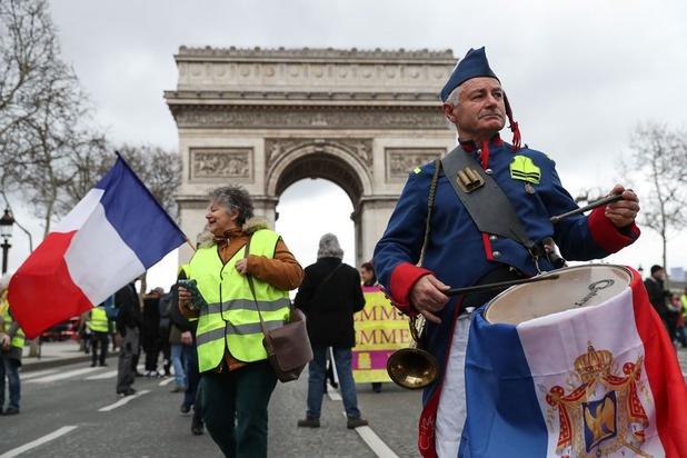 Notre-Dame: Macron stelt langverwachte reactie op 'Gele Hesjes' uit