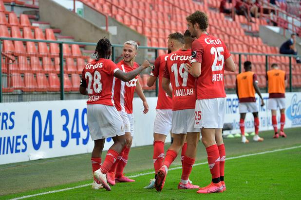 Le Standard réussit ses débuts contre le Cercle (1-0), l'Antwerp bloqué par Mouscron (1-1)