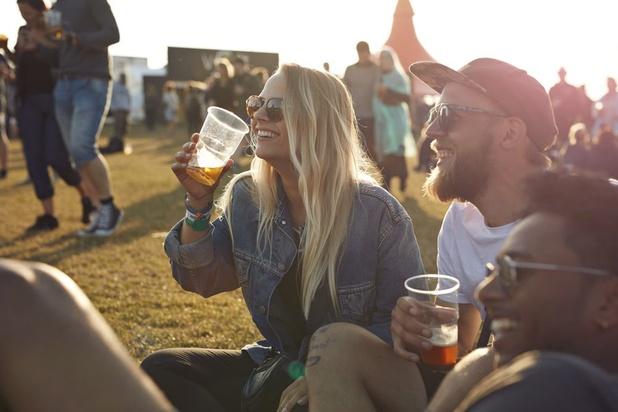 Pourquoi aime-t-on vraiment la bière, le vin et même le café? La réponse de la génétique