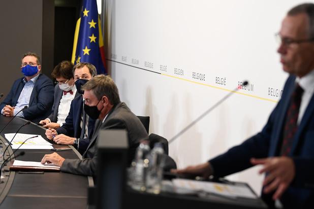 """Min Reuchamps (UCLouvain): """"Le véritable enjeu est de regagner l'adhésion des citoyens"""""""