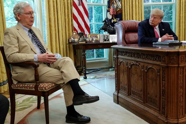 Mitch McConnell, ce discret sénateur qui tient l'avenir politique de Trump entre ses mains