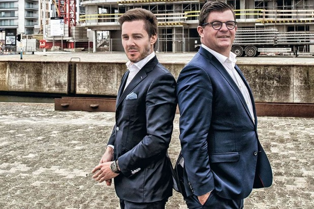 Burgemeester Bart Tommelein en projectontwikkelaar Bart Versluys: 'De kentering is ingezet in Oostende'