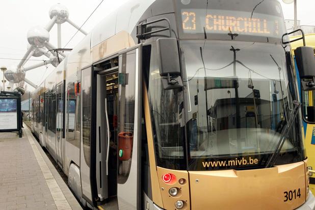 Plus de 150 personnes coincées entre les portes des transports de la STIB en 2018
