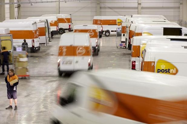Distributiecentrum PostNL Roeselare verhuist naar grotere vestiging in Ardooie