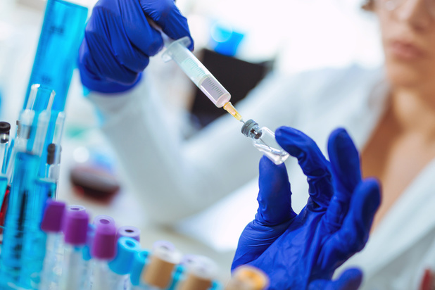 Explosion dans un laboratoire renfermant la variole en Russie