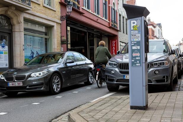 Bovengronds parkeren wordt duurder in Brugge