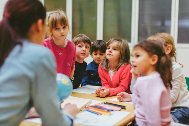 A Dunkerque, des élèves apprennent le néerlandais dès la maternelle pour trouver un job