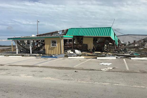 Au moins 20 morts aux Bahamas ravagées par Dorian, qui s'approche des Etats-Unis