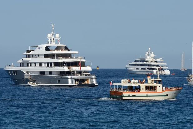 En Méditerranée, le boom des yachts dévaste les fonds marins (vidéo)