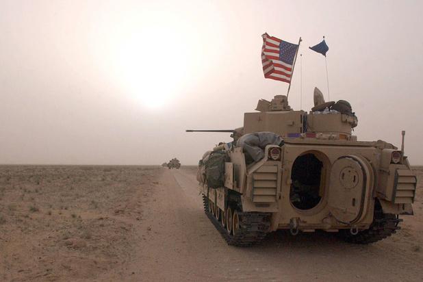 Irak: Tir de roquettes près d'une base abritant des troupes américaines