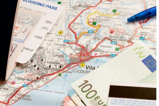 A qui appartiennent les 85.000 euros trouvés sur le trottoir ?